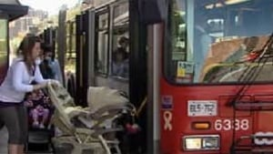 ottawa-091118-stroller-bus