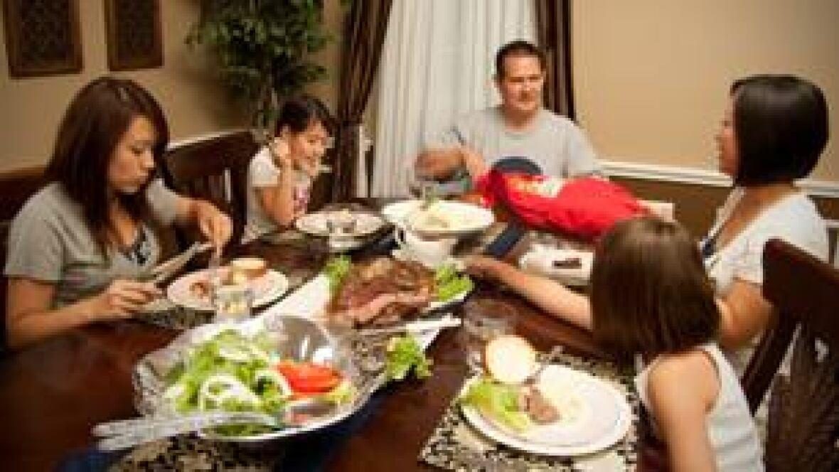 canadians tackle bad eating habits cbc news latest. Black Bedroom Furniture Sets. Home Design Ideas