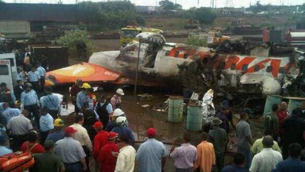 w-venezuela-plane-cp-938336