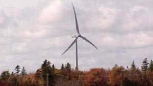 pe-tp-windturbine-fall