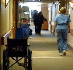 edm-nurse-cgy-hospital-cp-615756