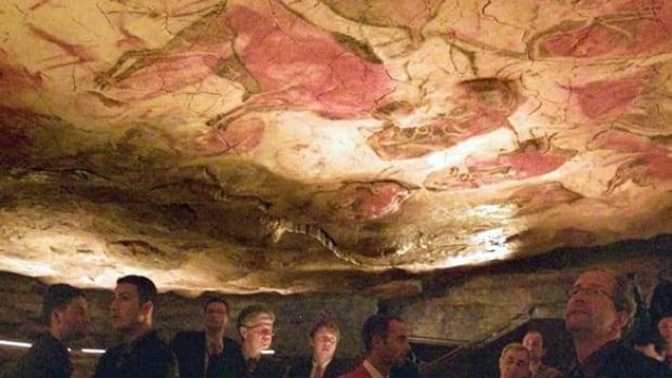 painting-cave-spain-reuters-rtr4p5j