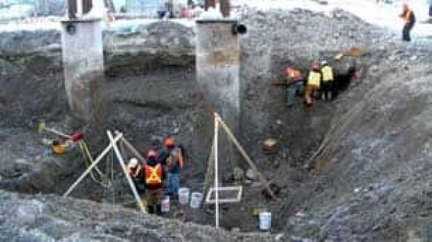 north-dawson-coffins-dig101