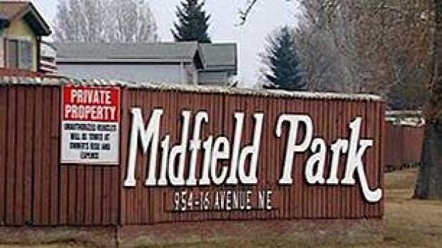 tp-cgy-midfield