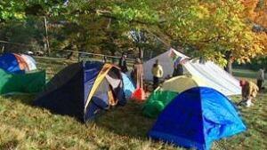 bc-081017-victoria-tents1