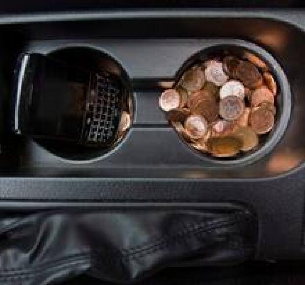 penny-in-car220x205