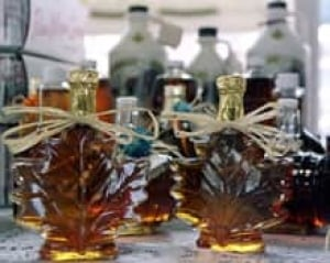 mtl-maple-syrup-bottles-cp-