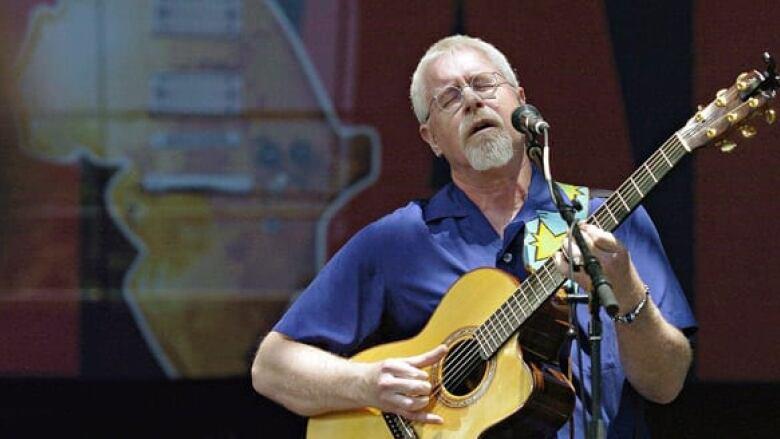 Bruce Cockburn, Ani DiFranco to perform free concert marking Winnipeg General Strike's 100th anniversary