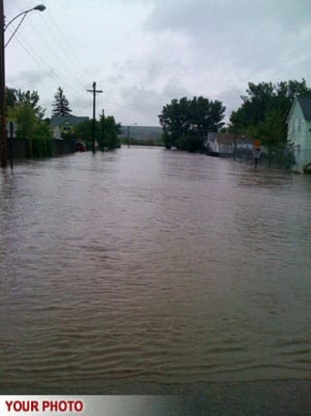 cgy-irvine-flood