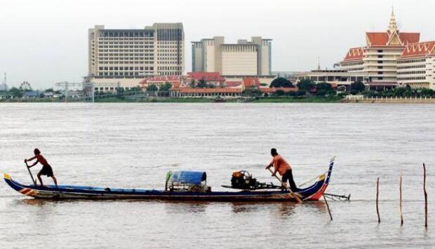 china-cambodia-584-RTXQDG4