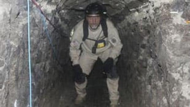 drug-agent-tunnel