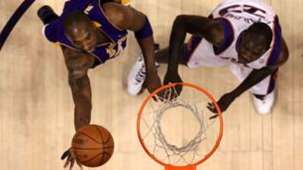 306-lakers-100525