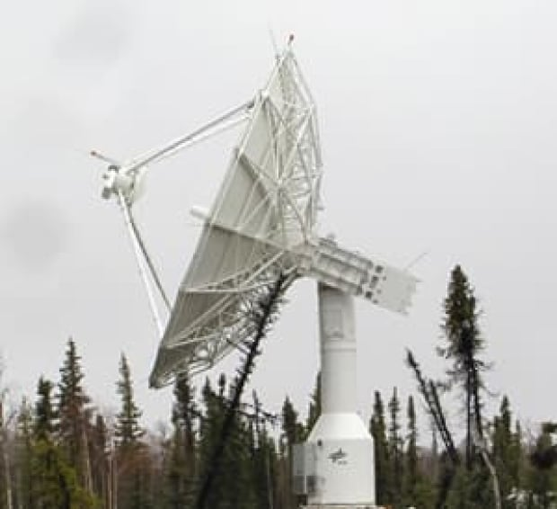 100810-inuvik-satellite-station-cropped