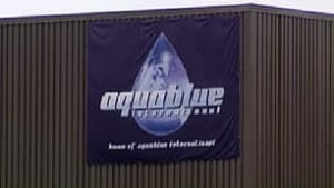 tp-ottawa-091204-aquablue