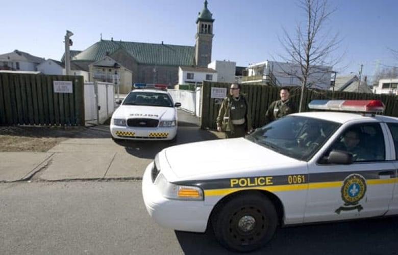 Hells Angels raids 'dismantle' biker gang in Quebec: police | CBC News