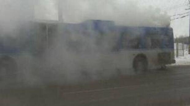 edm-100131-bus-fire-ruby-benson-1