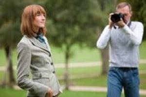 model-photographer-is-000013655535-220x146