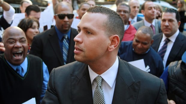 Alex Rodriguez arrives at the offices of Major League Baseball in New York Oct. 1, 2013.