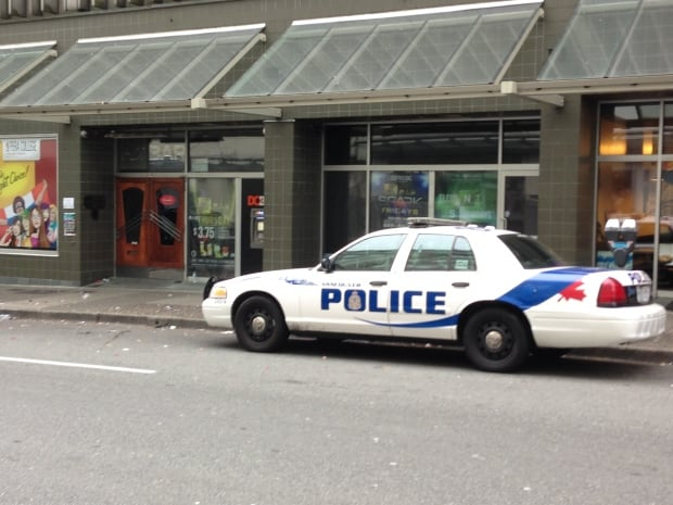 Au Bar police investigation