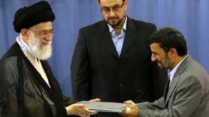 ahmadinejad-endorse-w-cp-RT
