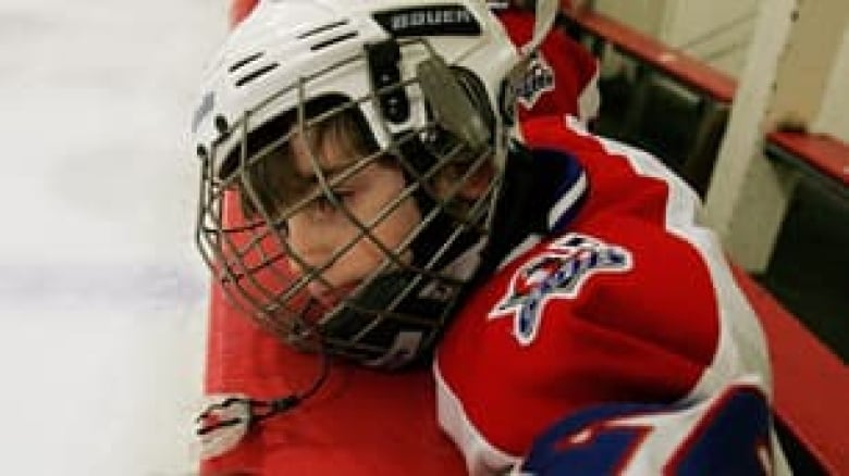 948aaec9d0e Does my son need a mouth guard to play hockey?' | CBC Sports
