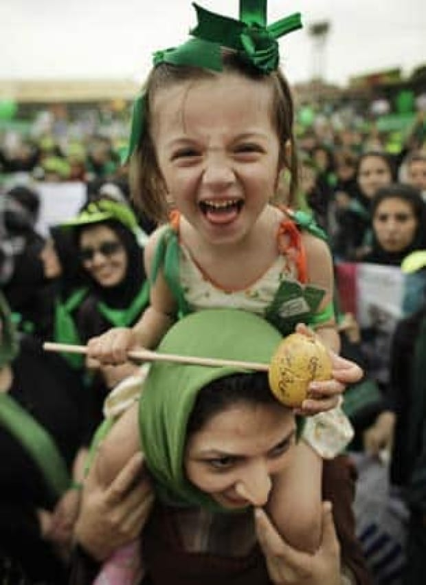 iran-girl-306-6843176