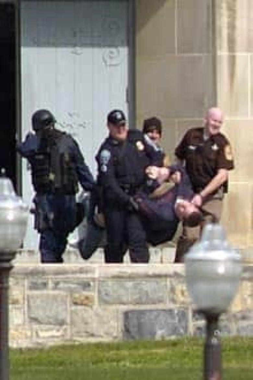 33 Dead In Horrific Campus Shooting In Virginia Cbc News