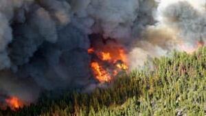 bc-090608-wildfire-tyaughton-lake1