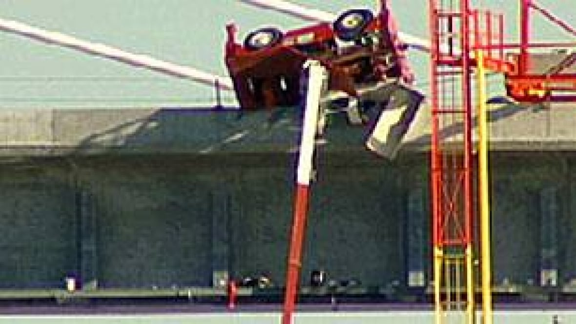Overhead Crane Newfoundland : Canada line fined for crane british