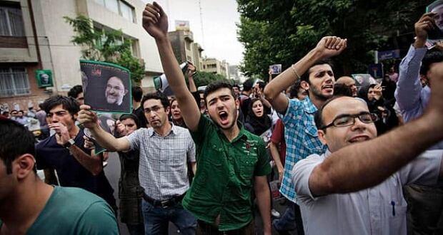 f-iran-protest-cp-584