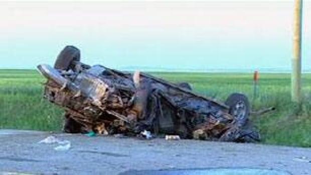 tp-cgy-glenwood-crash