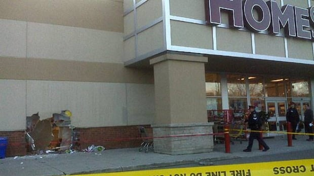 1 injured as suv plows into home decor store toronto for Canadian home decor stores