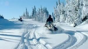 bc-091110-snowmobilers