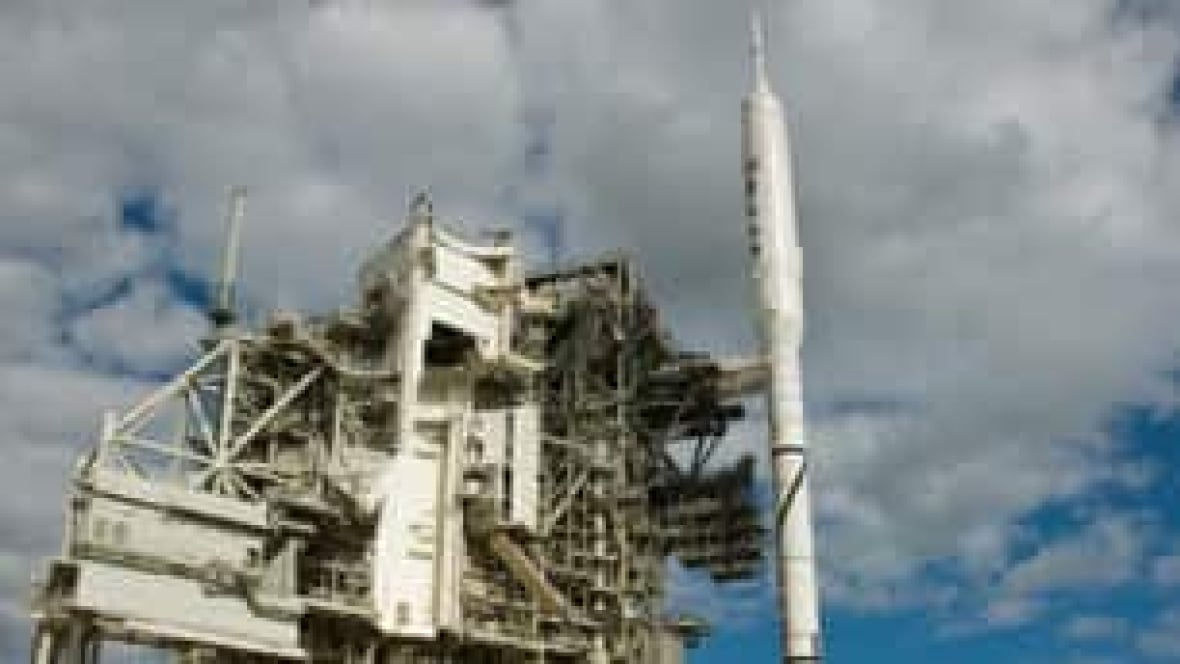Weather delays NASA rocket test - Technology & Science ...