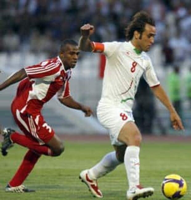 iran-soccer-306-6848710