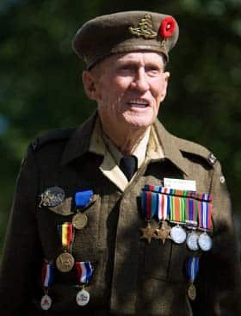 88 Shows His Medals In Caen France On Thursday Prior To The Start Of Ceremonies Marking 65th Anniversary D Day Landings And