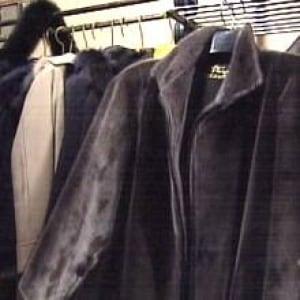 nl-sealskin-coats-2007file