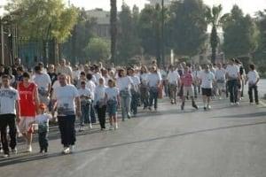 syria-terryfox-crowd-350