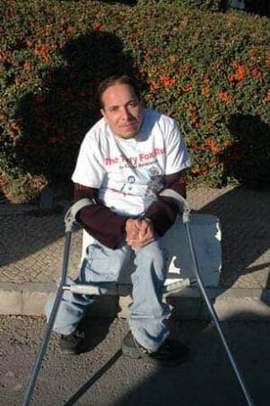 syria-terryfox-crutches-306
