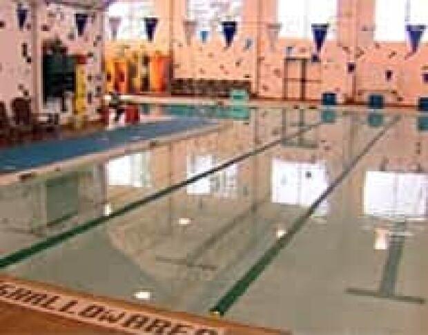 Swimmers Plead For City Pool Edmonton Cbc News