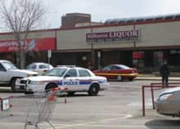 edm-robberies-liquor-store