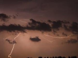 lightning-cp-3466642
