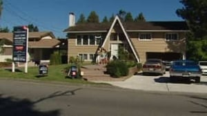 bc-090913-tsawwassen-powerline-homes2