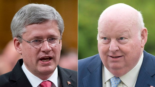 Prime Minister Stephen Harper and Senator Mike Duffy have offered differing accounts of the handling of the repayment of Duffy's expenses.