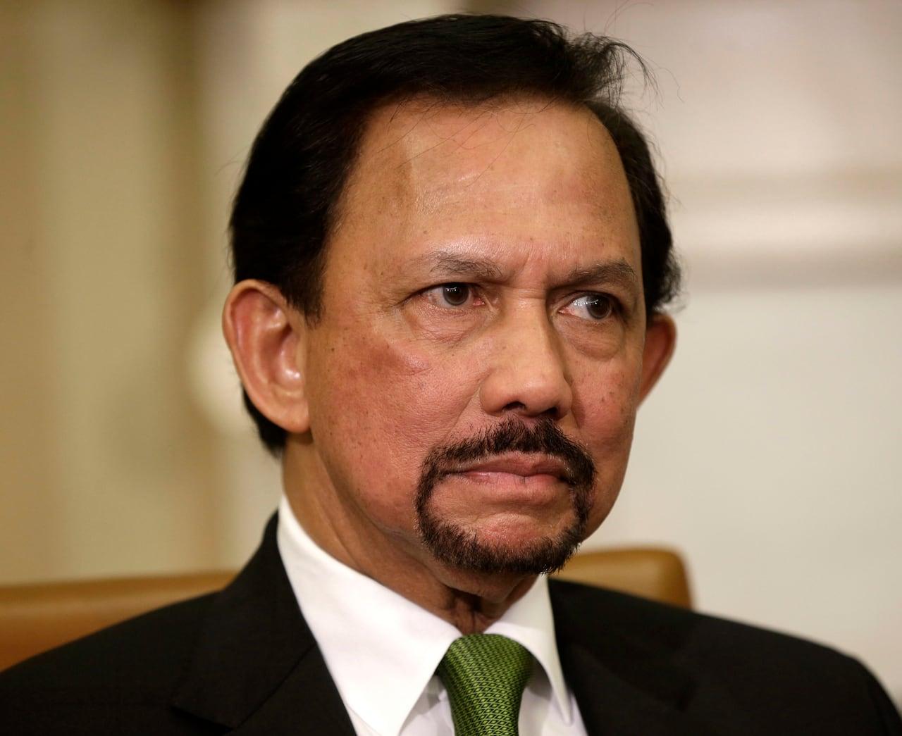 Brunei's sultan announces strict Islamic penalties | CBC News