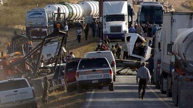 bus-crash-w-msa5202