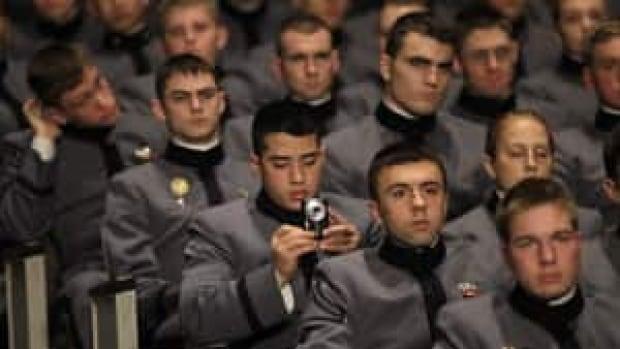 obama-speech-cadets-cp-7748