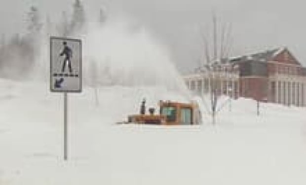 nb-snow-bomb