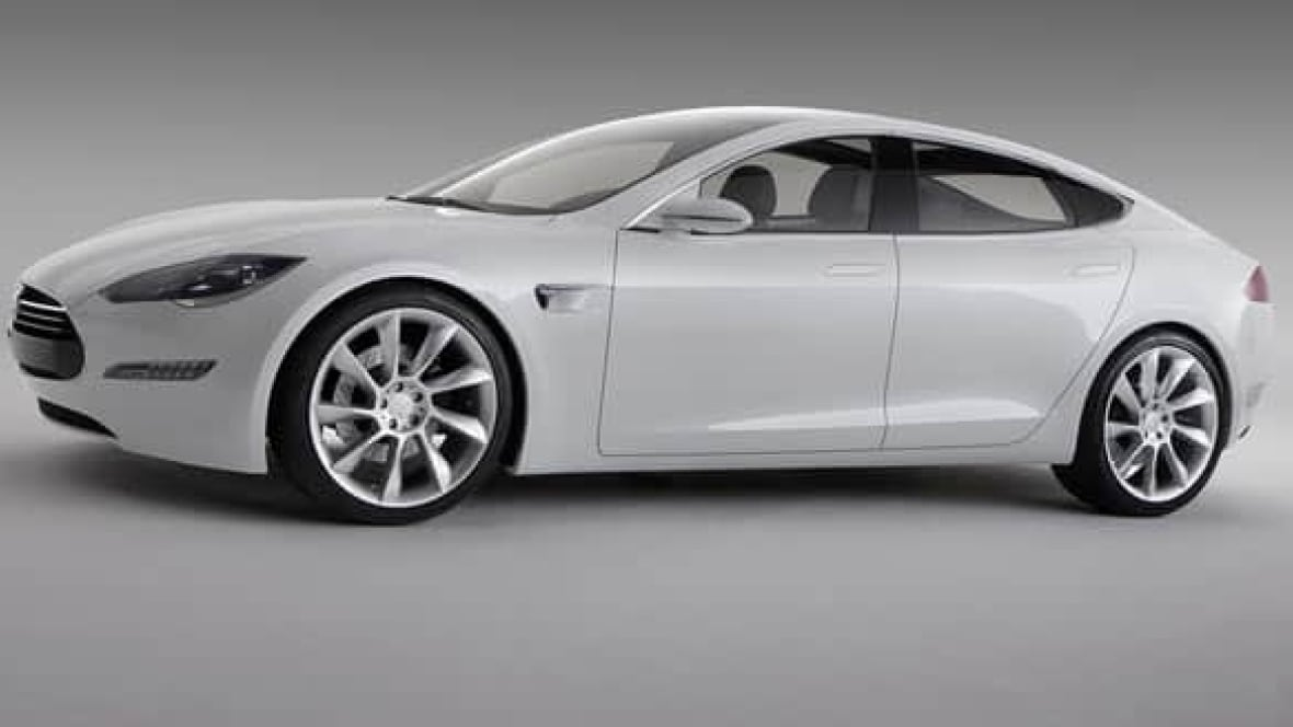 tesla upgrades base model s but also hikes price to 75 000 business cbc news. Black Bedroom Furniture Sets. Home Design Ideas