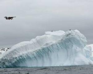 antarctic-cp-3877953